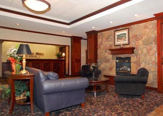 Clarion Hotel: Lobby