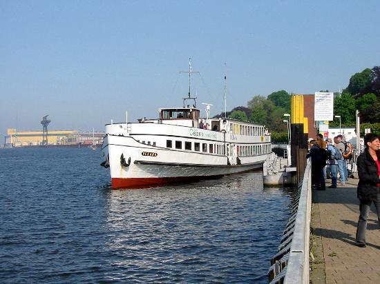 Hotel Restaurant Havenhaus: Blick auf die Weser