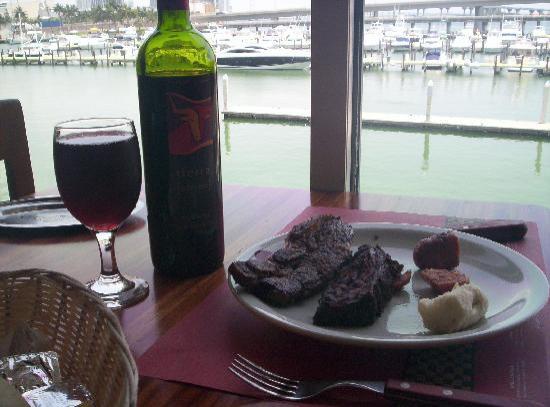 Como en casa picture of the knife restaurant miami - Catering como en casa ...