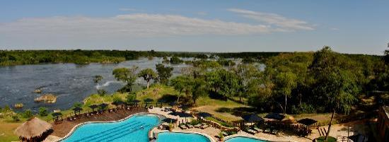 Murchison Falls National Park, Uganda: Pool view at Chobe Lodge Uganda