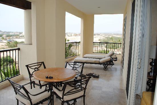 Villa del Arco Beach Resort & Spa Cabo San Lucas: Wonderful balcony!