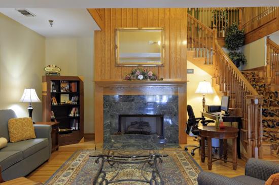 Country Inn & Suites By Carlson, Savannah I-95 North: Lobby