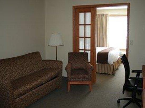 Country Inn Walker: One Bedroom Suite