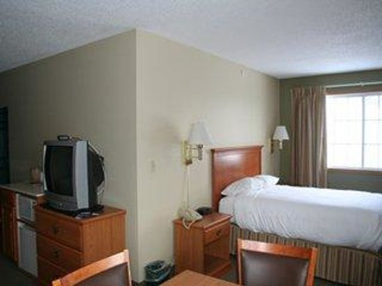 Country Inn Walker : L Shaped Suite