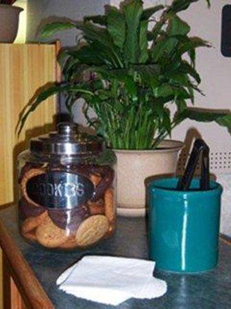 Country Inn Walker : Free Cookies
