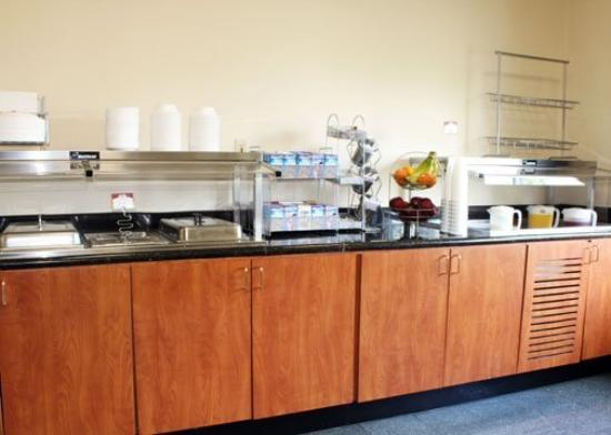 Comfort Suites Wixom: Breakfast Area