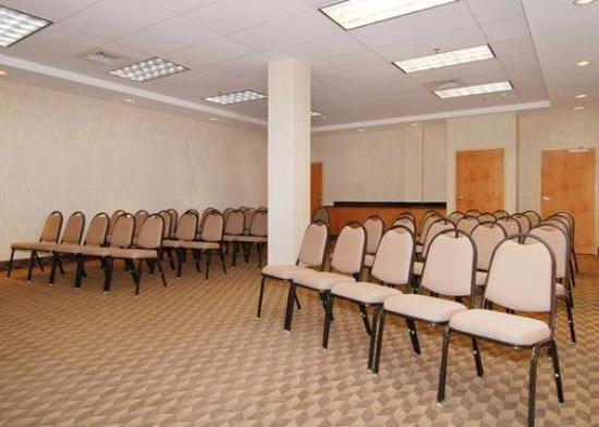 Comfort Suites Murfreesboro: Meeting Room