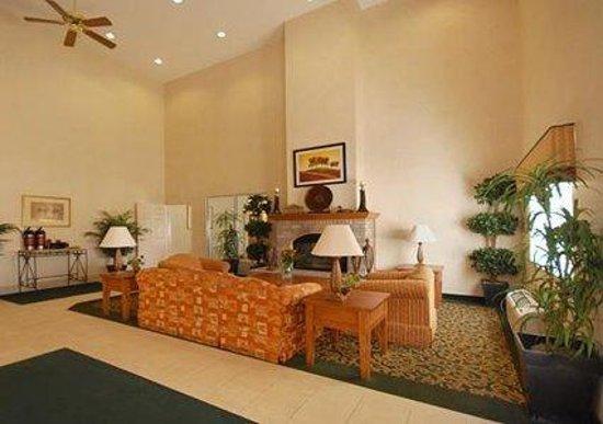 Photo of Comfort Suites Terre Haute