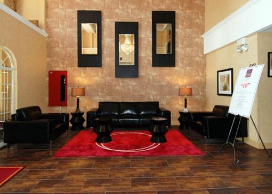 Comfort Suites Las Colinas Center: TXLobby