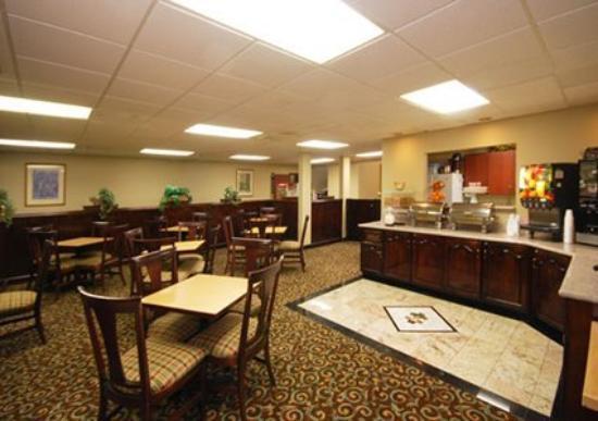 Quality Suites: Restaurant -OpenTravel Alliance - Restaurant-