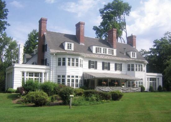 Four Chimneys Inn Bennington Vt Guest House Reviews
