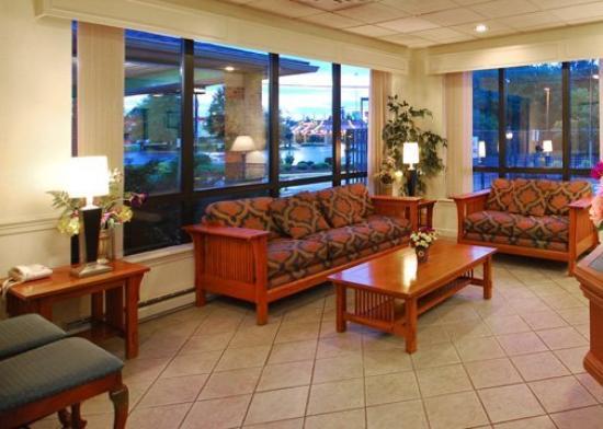 Quality Inn Manassas: Lobby