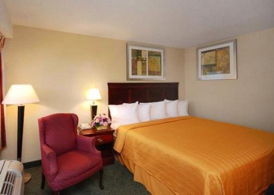 Quality Inn Manassas: VABKing Bed