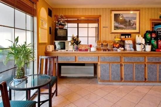 Travel Inn : Breakfast Area