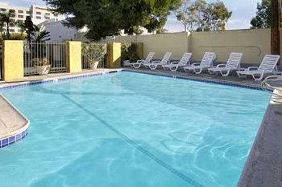 Anaheim Express Inn: Pool