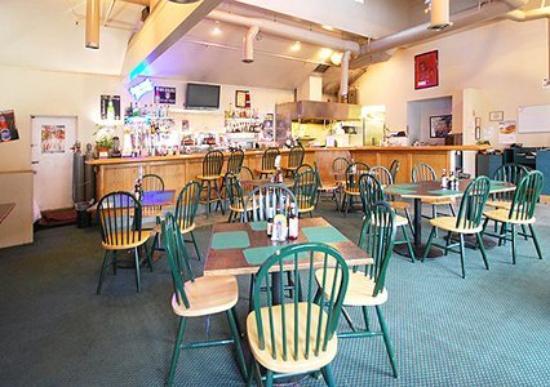 Lexington Inn & Suites: Café (OpenTravel Alliance - Restaurant)