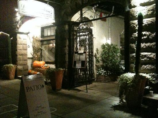 Della Santina's Trattoria: Della Santini's, Sonoma