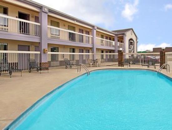 Days Inn Decatur Southeast: Recreational Facility