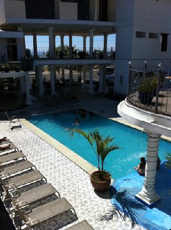 Vista de piscina Hotel Las Brisas