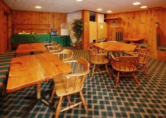 Econo Lodge Sutton: Restaurant