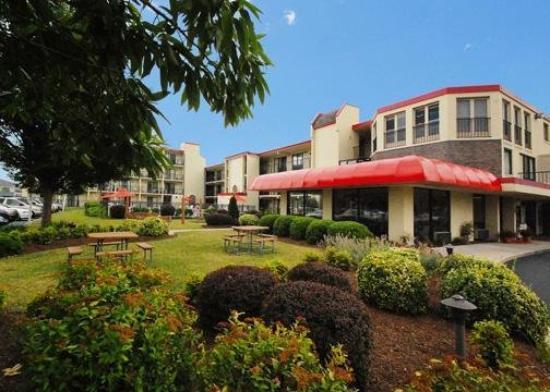 Econo Lodge Resort