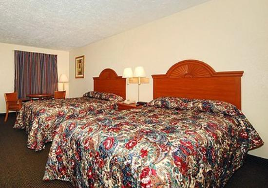 Quality Inn Dahlonega : Interior
