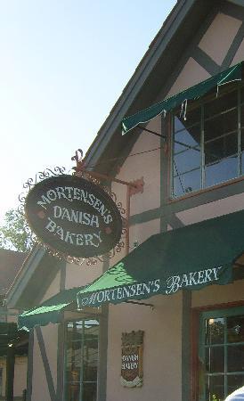 Mortensen's Danish Bakery : lovely bakery