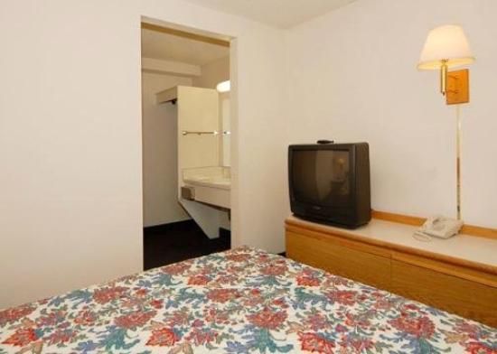 Econo Lodge Pendleton: Guest Room