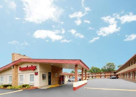 Econo Lodge - East Hartford: Exterior