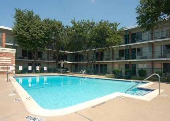 Econo Lodge Dallas Airport North: Pool
