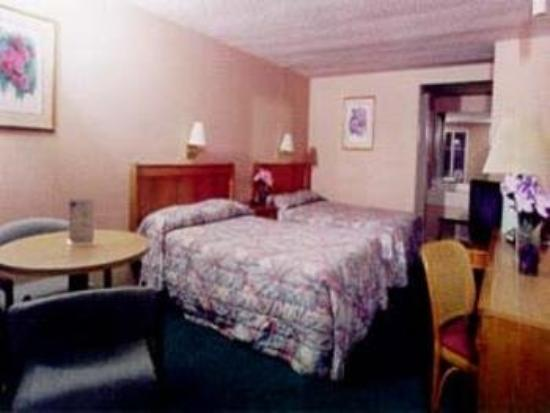 Econo Lodge Brice Road: Guest Room