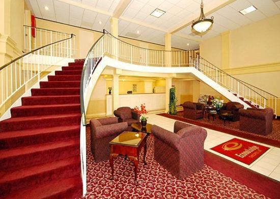 Econo Lodge Chicopee: Lobby
