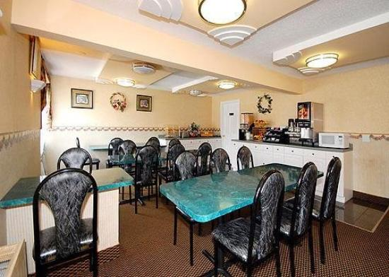 Econo Lodge Chicopee: Restaurant