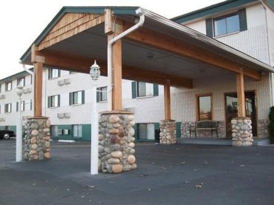 FairBridge Inn - Coeur d'Alene: Welcome to GuestHouse Inn