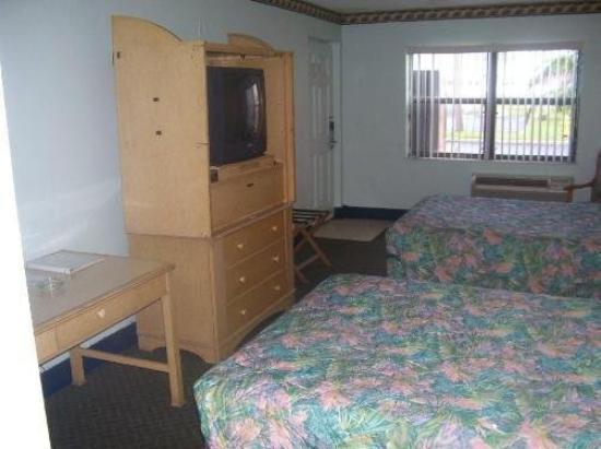 Atlantic Inn: Guest Room