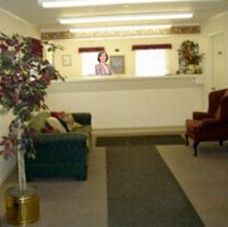 Ashley Lodge: Lobby View