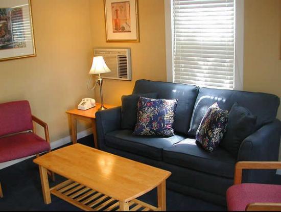 Coronado Inn: Suite