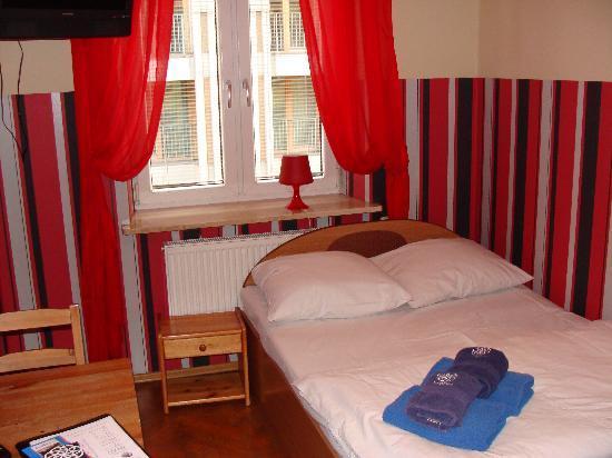 Kadetus Hostel: Apartamento com banheiro
