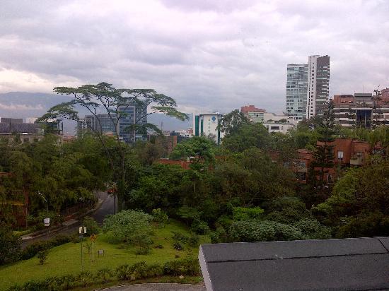 NH Collection Royal Medellin: Vista desde la habitación