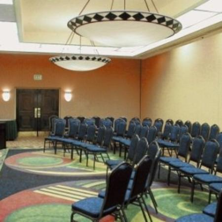 Garden Plaza Atlanta / Norcross: First Class Meetings And Catering Services