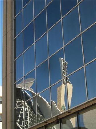 Art Gallery of Alberta : reflections on the Edmonton city centre