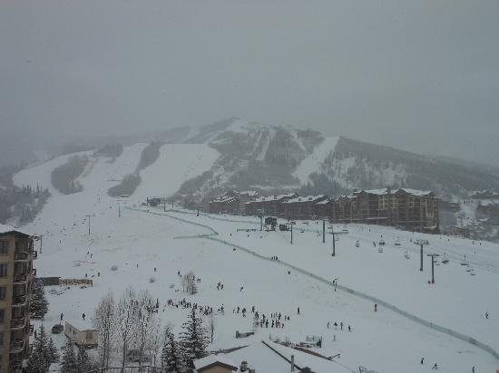 Torian Plum Condominiums: Snowy day at Steamboat - view from the balcony