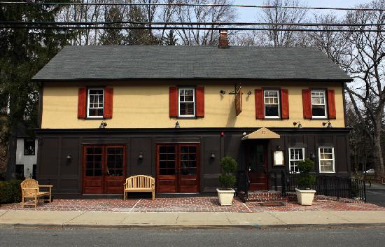 The Claremont Tavern: The NEW Claremont Tavern - new owners