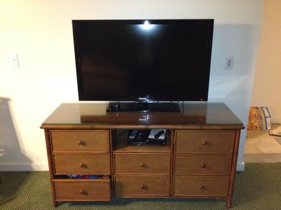 "Makai Club: 60"" screen TV in living room, with blue ray player.  Standard in all cottages.  Notice we added"