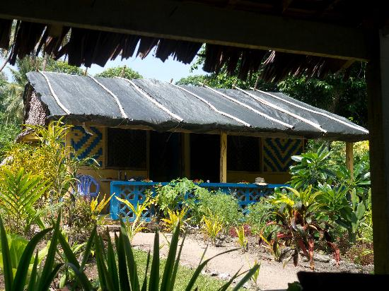 Uduna Cove Beach Bungalows: Original hut