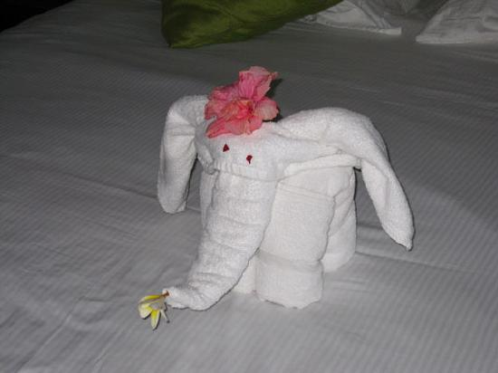 Le Meridien Ile Maurice: Towel Elephant