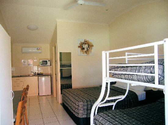 Best Western Caboolture Central Motor Inn: family room