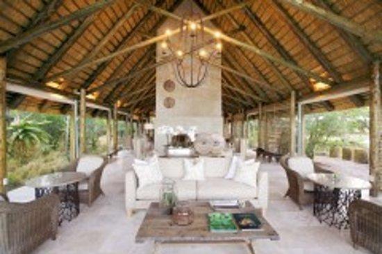 Kapama Southern Camp: Southern Camp Lounge 2