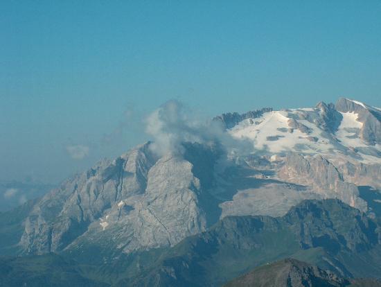 Lagazuoi: Marmolada vista dal Rifugio