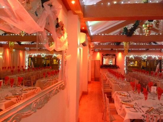 The Stanwick Hotel: Christmas in Reflections